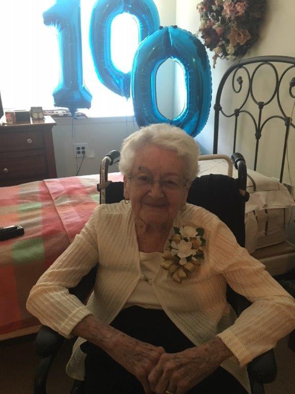 Yolanda Ghighone turns 100 years at Dominican Village Comfort