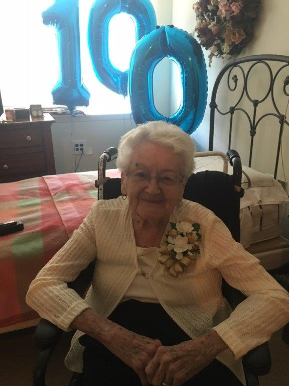 Yolanda Ghighone turns 100 years at Dominican Village Comfort